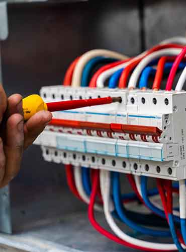 Cabling Cairns